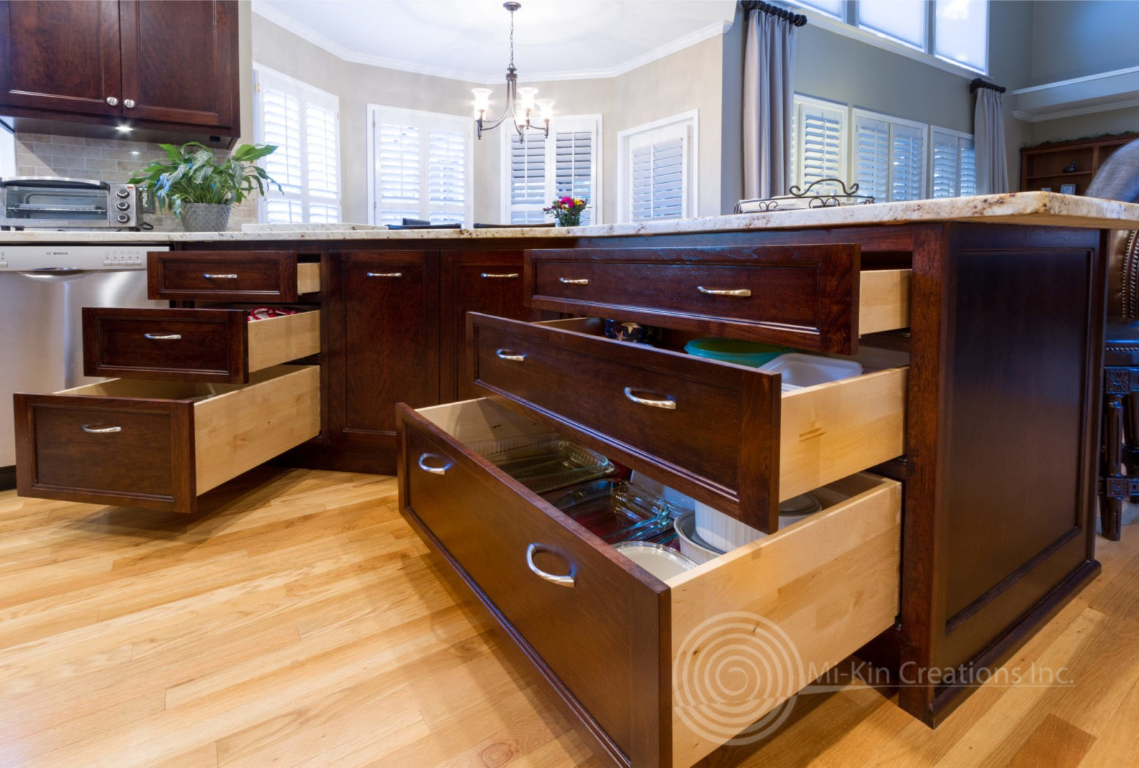 Traditional Kitchen cabinets with sliding drawers